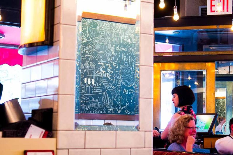 Five-napkin-burger