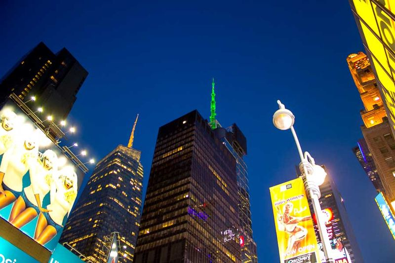 Times-square-at-night-2