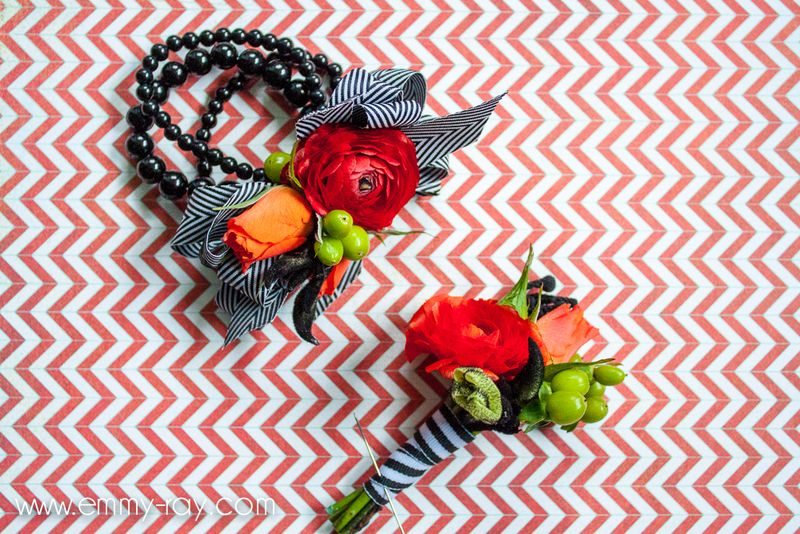 Red-ranunculus-boutonniere