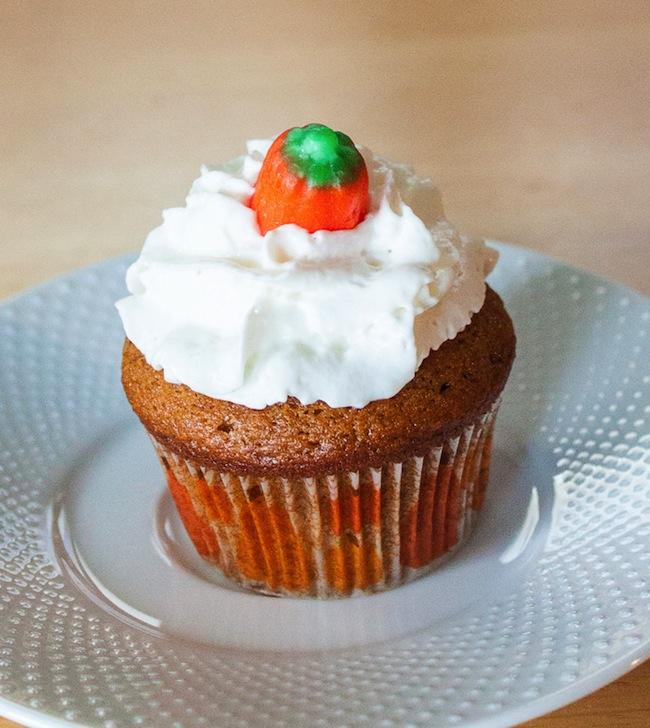 Pumpkin_Pie_Cupcakes_Recipe