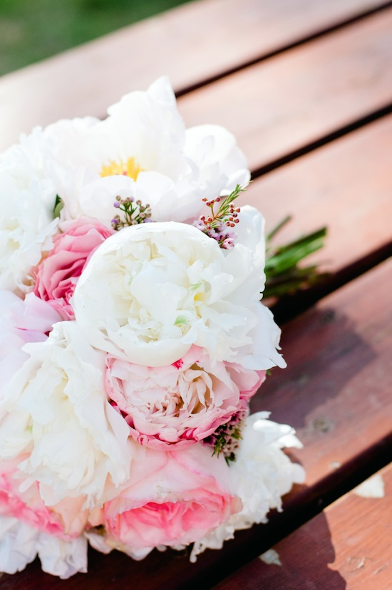 Pink-and-white-peony-bouquet