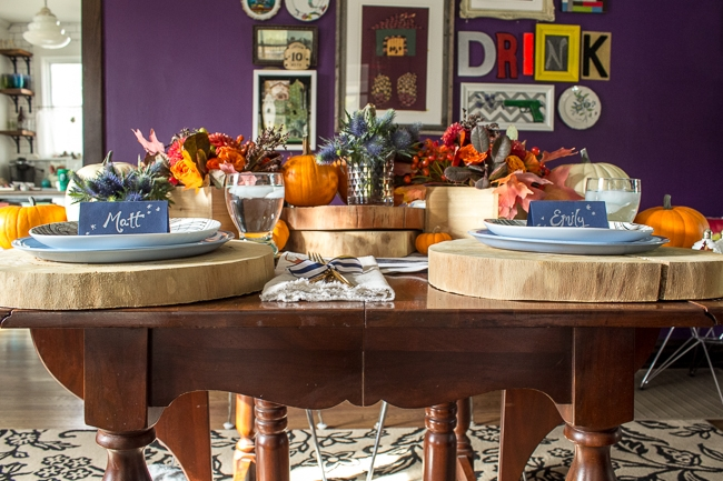 Rustic and modern thanksgiving tabletop inspiration.