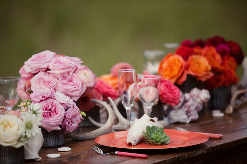 Garden rose dahlia and antler centerpieces