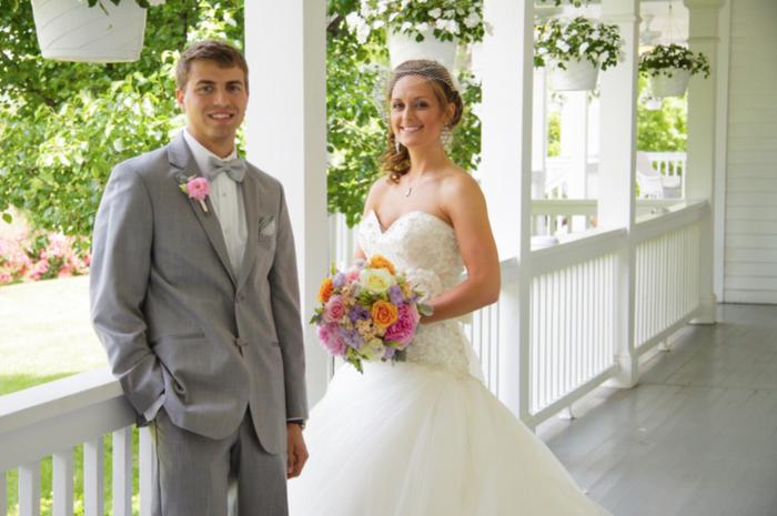 Colorful Kansas City wedding