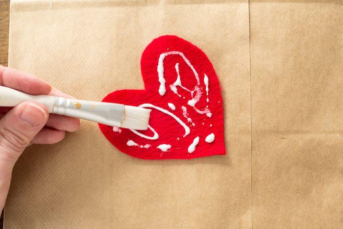 Glitter Heart Valentine DIY-3