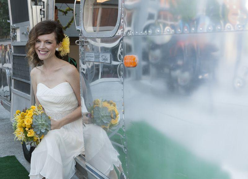 Retro-wedding-inspiration
