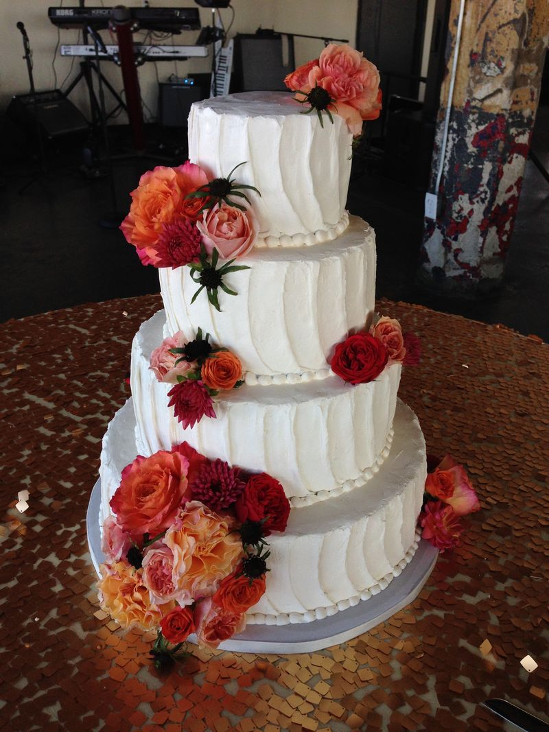 Gold-and-coral-wedding