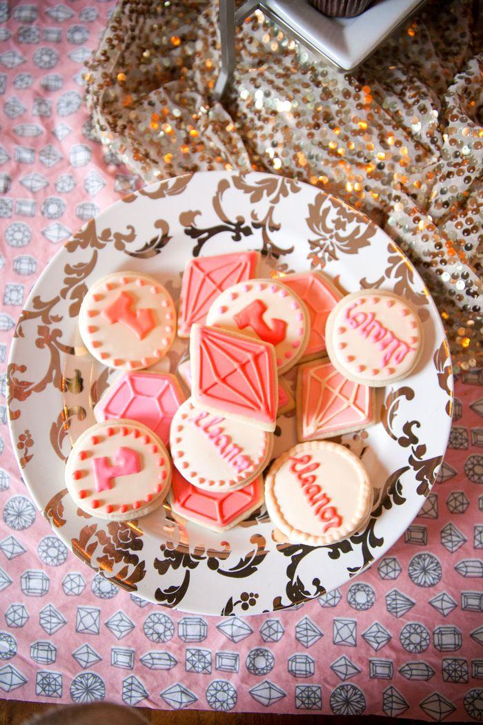 Jewel-themed-dessert-table