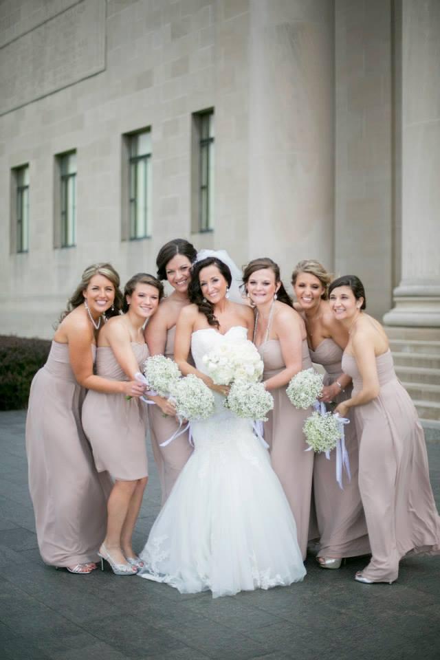 Babies-breath-bridesmaids-bouquets