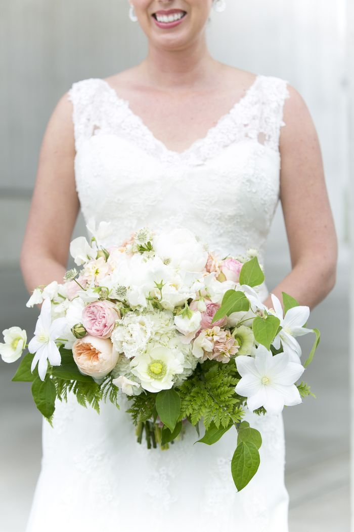 Blush-and-ivory-bridal-bouquet