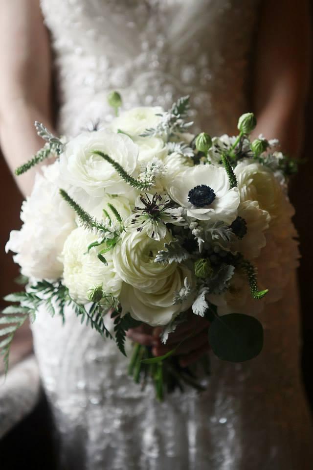 Ranunculus-and-anemone-bouquet