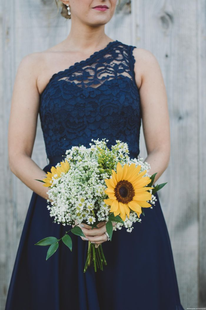 Wildflower-wedding-bouquet