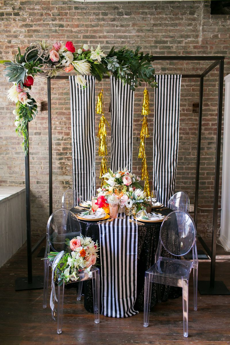 Modern-head-table-inspiration
