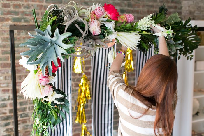 Air-plant-ceremony-arch