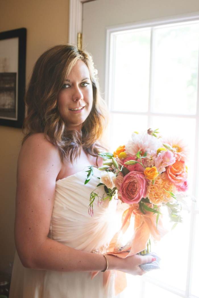 coral-blush-and-orange-bridal-bouquet