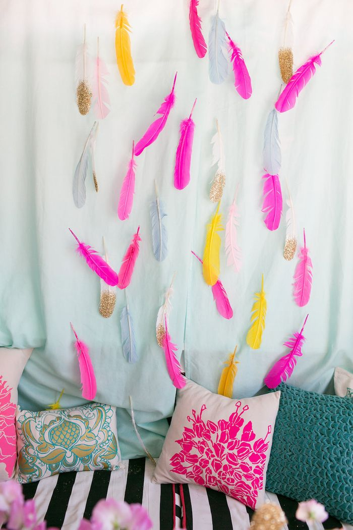 Feather-wedding-decor
