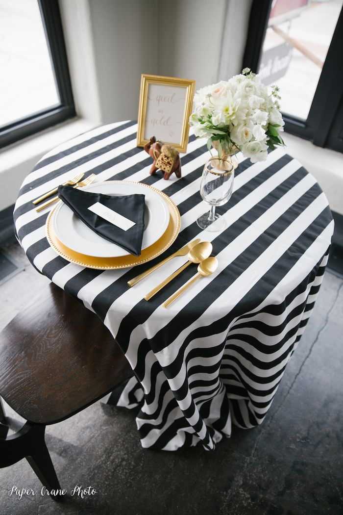 Black-white-and-gold-wedding-inspiration