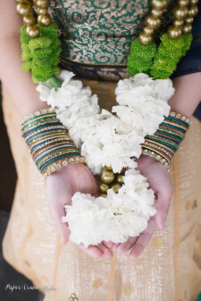 Bangles-and-varmala-inspiration