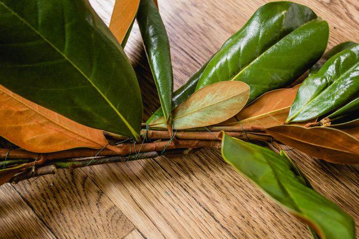 Magnolia garland-13