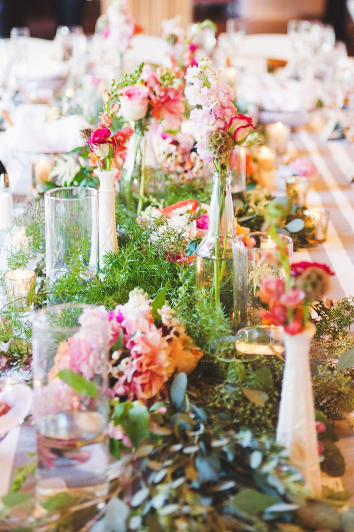milk_glass_wedding_decor