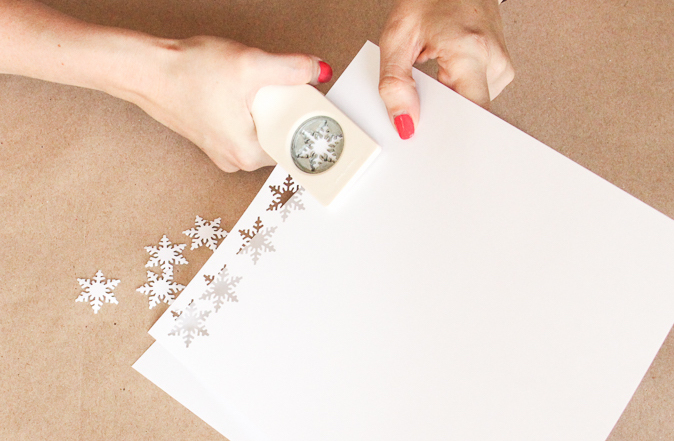 Black and White Gift Wrap-2