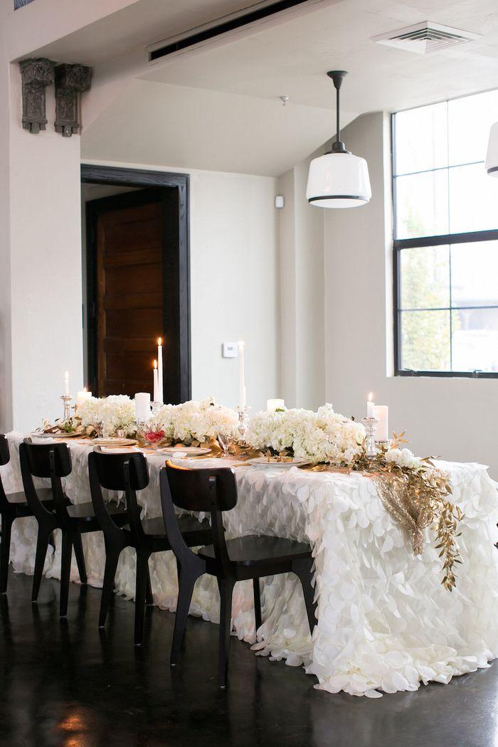 Amigoni-urban-winery-winter-wedding