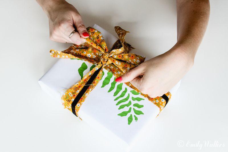 Unique-gift-wrap