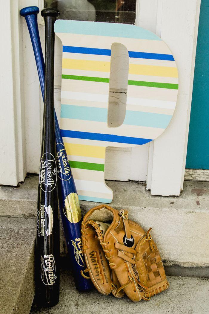 Baseball-baby-shower-decor