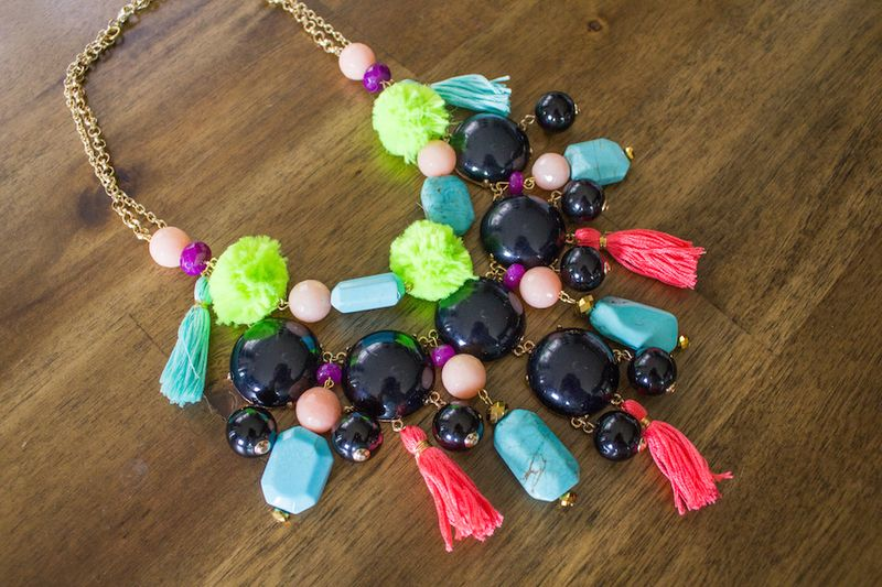 Upcycled-bubble-necklace-diy
