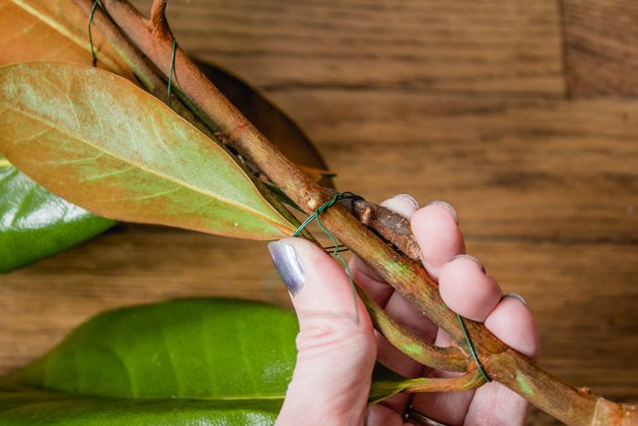 Magnolia garland-10