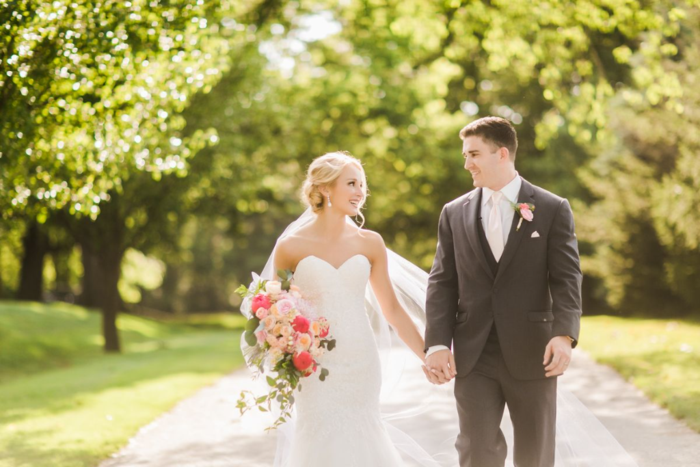 coral-and-blush-wedding-inspiration